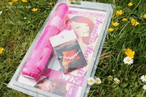 Jessica Rabbit vibrator and back chain from Nipple charms