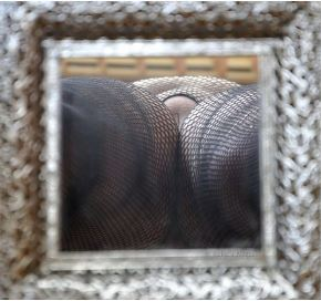mirror looking up between legs
