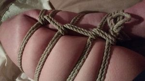 Bent leg in rope harness